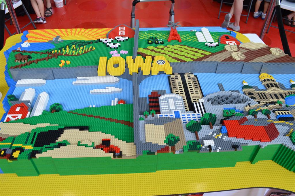 Iowa Food and Family Project wows state fair with LEGO® display ...