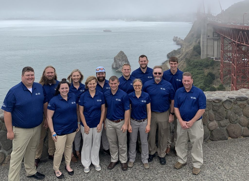 The Iowa Pork Leadership Academy Class on a trip to California.